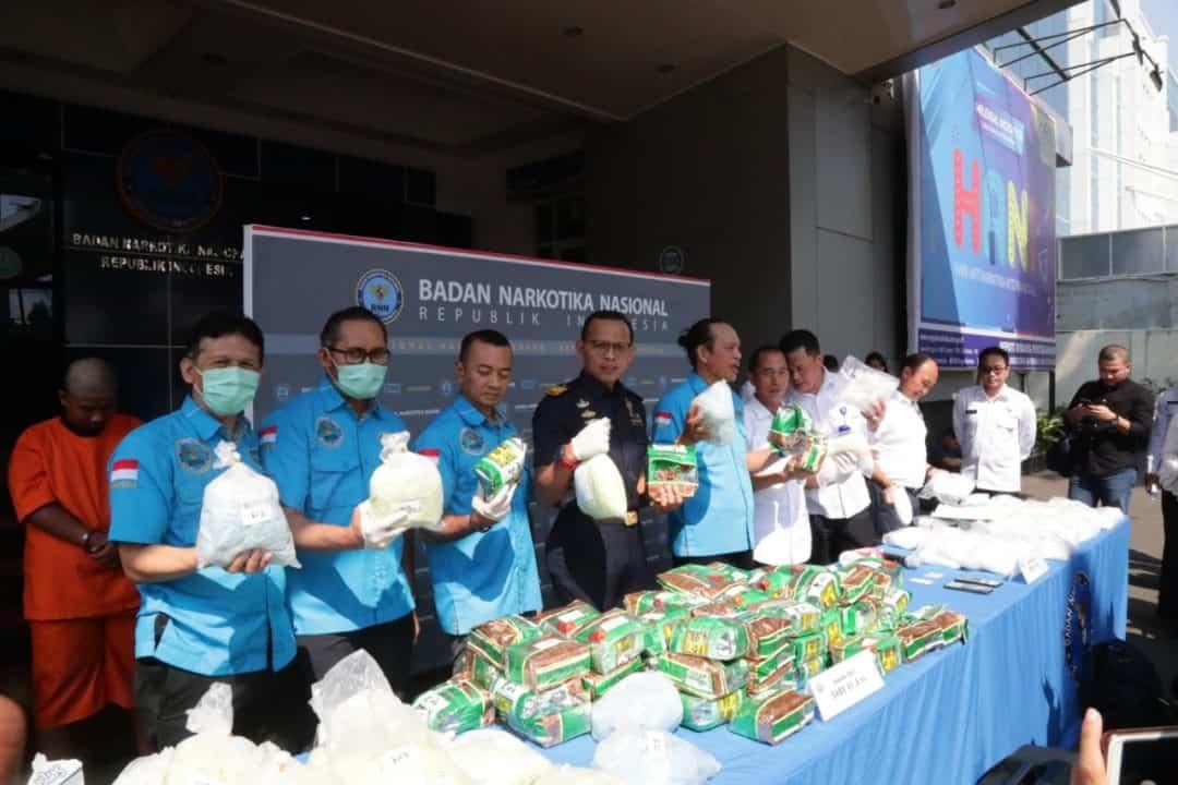 BNN-Polri-Bea Cukai Ungkap Peredaran 38 Kg Sabu Modus Ship to Ship