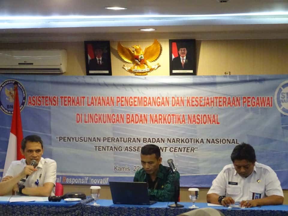 Biro Kepegawaian dan Organisasi Melaksanakan Kegiatan Penyusunan Peraturan Badan Narkotika Nasional Tentang Assessment Center