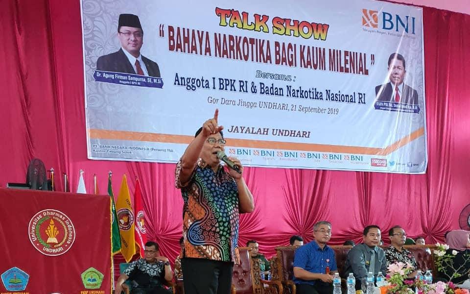 Deputi Dayamas, Drs. Dunan Ismail Isja, MM Memberika Materi Bahaya Penyalahgunaan Narkotika