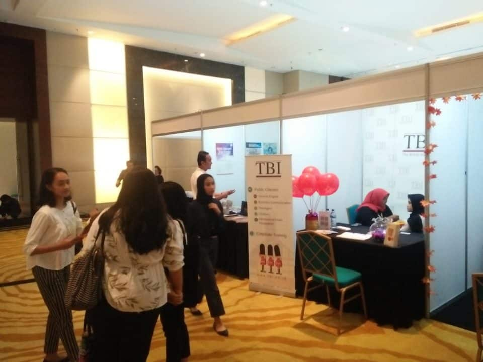 Partisipasi BNN dalam Pameran Days Of Law Career 2020