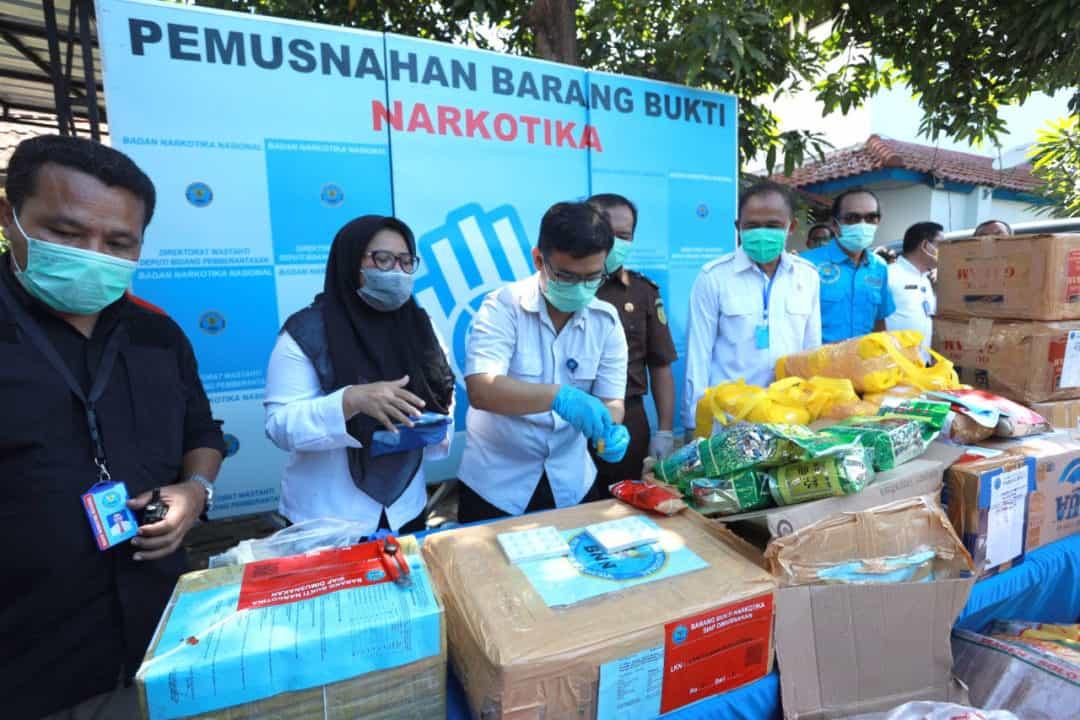 Tunaikan Kewajiban Di Tengah Pandemik, BNN Musnahkan 1.3 Ton Ganja, 65 Kg Sabu Dan 35 Ribu Butir EkstasiI