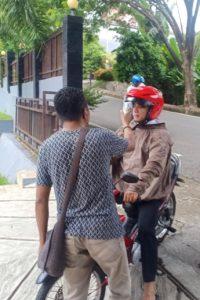 "BNNP Maluku Turut Sosialisasikan ""Di Rumah Saja"" dengan Kearifan Lokal"