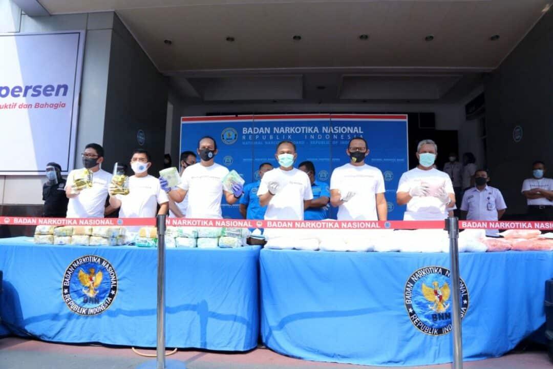 Ditengah Pandemi Covid-19, Badan Narkotika Nasional Berhasil Ungkap Jaringan Narkotika Internasional Serta Sita Ratusan Kilogram Sabu Dan Puluhan Ribu Butir Ekstasi