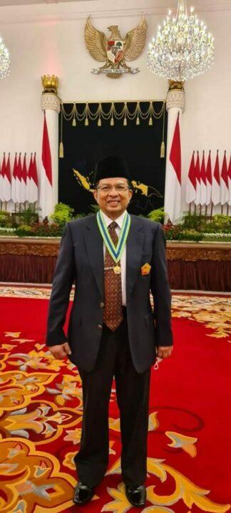 Presiden Jokowi Anugerahkan Tanda Jasa dan Kehormatan bagi 53 Tokoh