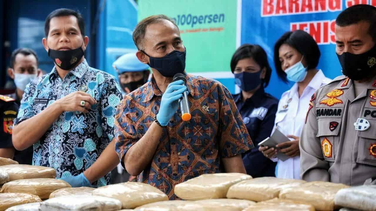 Kepala BNN RI Saksikan Pemusnahan 301 Kilogram Ganja Di BNNP Banten